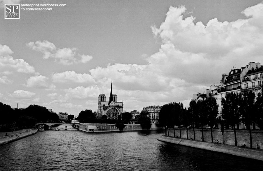 ParisPostcardLOGO